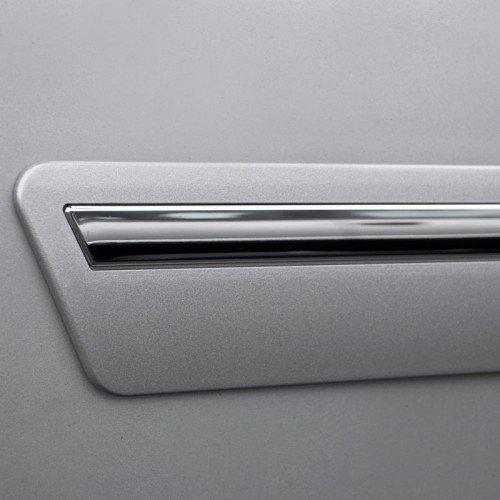 Toyota Sequoia Chromeline Painted Body Side Molding 2008: ChromeLine Body Side Molding 2008